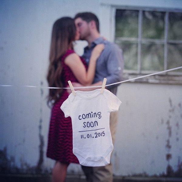 Body con fecha de nacimiento impresa para anunciar el embarazo