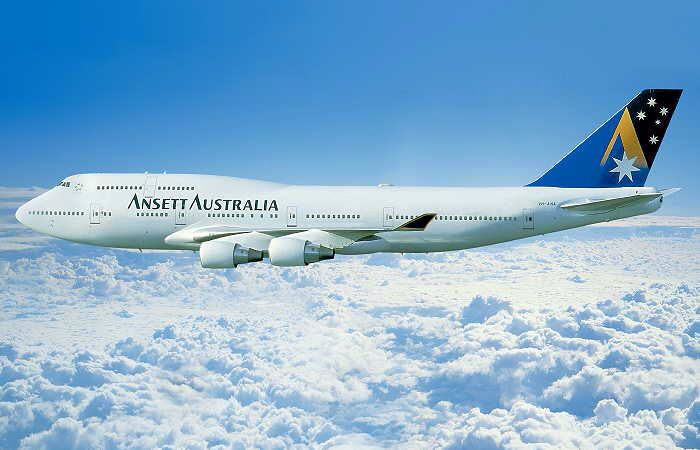 Ansett Australia Boeing 747-412 (VH-ANA) in the 'Starmark' livery with 'Sydney 2000' titles,