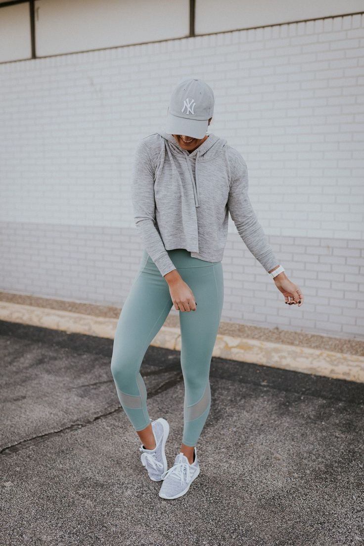 7e7cbbf2f6 Weekly Workout Routine: Crop Hoodie | Health and fitness | Weekly ...