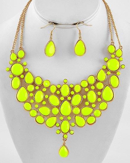 Living the Highlight Neon Yellow Bib Statement Necklace #statementjewelry #jewellery #jewlry
