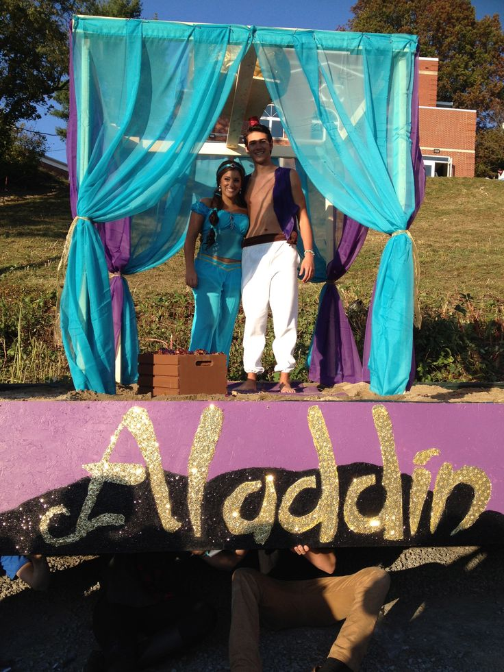 Alpha xi delta homecoming 2013 aladdin float our for Princess float ideas