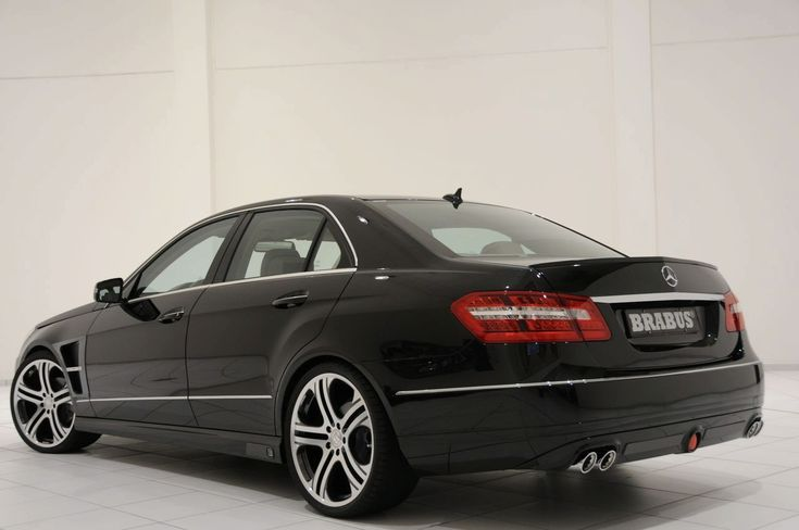 2009 BRABUS Mercedes W212 E-Class Tuning Program