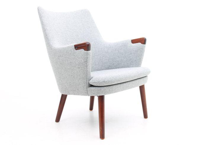 Easy chair, model AP20 designed by Hans Jørgen Wegner and manufactured by AP Stolen, Denmark. www.rreModern.dk