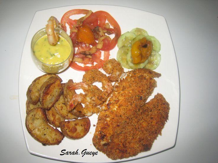 Filets de tilapia et crevettes panés et potatoes et mayonnaise maison