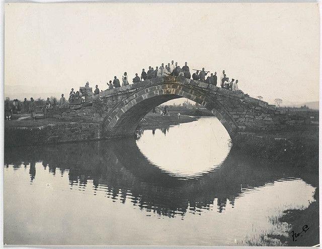 莫理循镜头下的清末中国社会思茅一座典型云南特色的桥