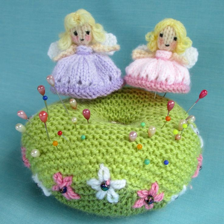 I thought I'd start the week by showing you the free knitting pattern I've just put online. This tiny (5cm) fairy is attached to a pin and h...