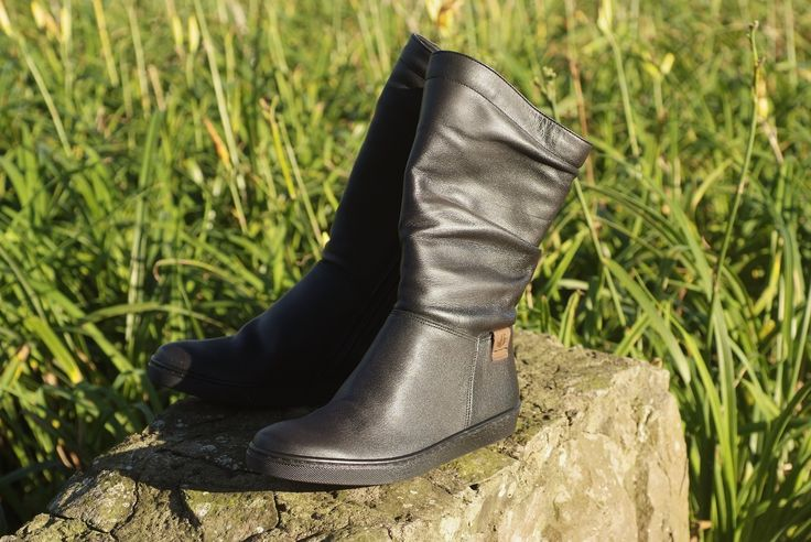 Froggie Shoes | It's the season for boots. Our website has so many new shoes and you will love them.