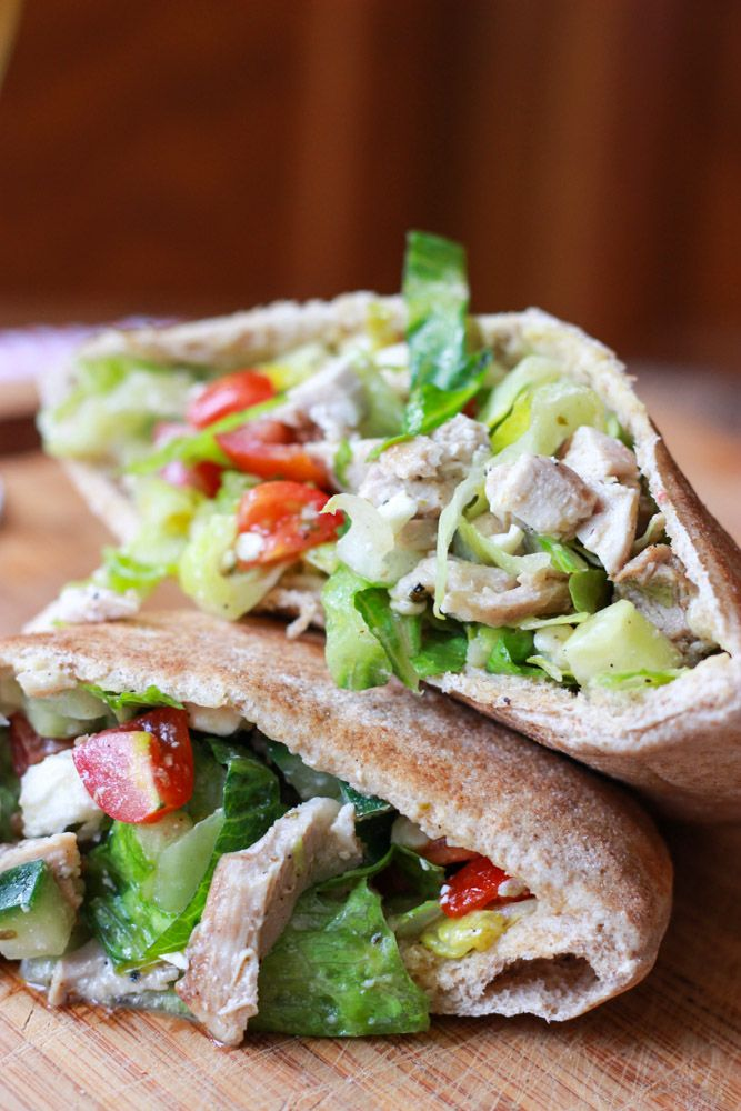 Little Broken | Greek Chicken Salad Pita Pockets | http://www.littlebroken.com