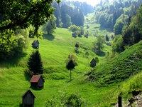 Heuhüttentäler im Murgtal. Das Murgtal liegt direkt bei Baden-Baden im Schwarzwald, ist also einfach zu erreichen. http://www.hotel-am-sophienpark.de/