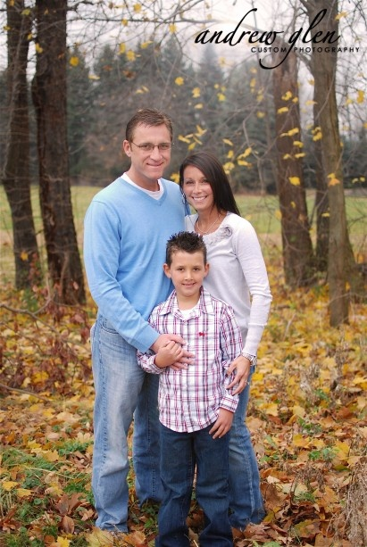 Andrew 3 person family family photo ideas pinterest for Family of 3 picture ideas
