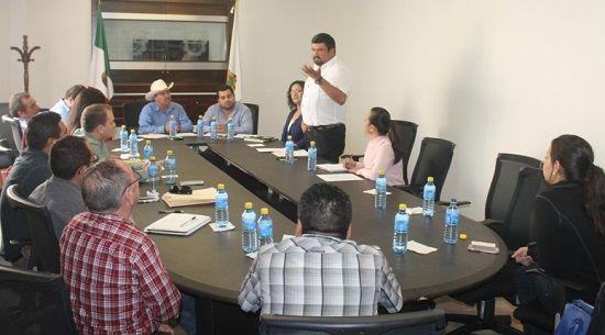 Ayuntamiento de San Fernando nombra consejo municipal de COMAPA - http://www.esnoticiaveracruz.com/ayuntamiento-de-san-fernando-nombra-consejo-municipal-de-comapa/