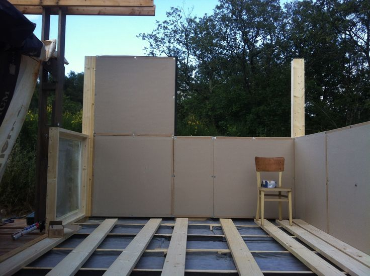 ecovastudesign / Modular Building - Rovinjsko Selo / wall panels going up