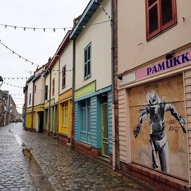 #promenade #souslapluie #danslesruesdemaville #saintleu #amiens