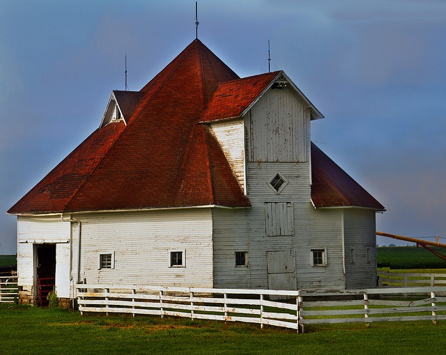 This unique barn was found on Rte 85 between Montezuma and Deep River. From a distance it appeared round but as you can see it looks like a six sided structure.