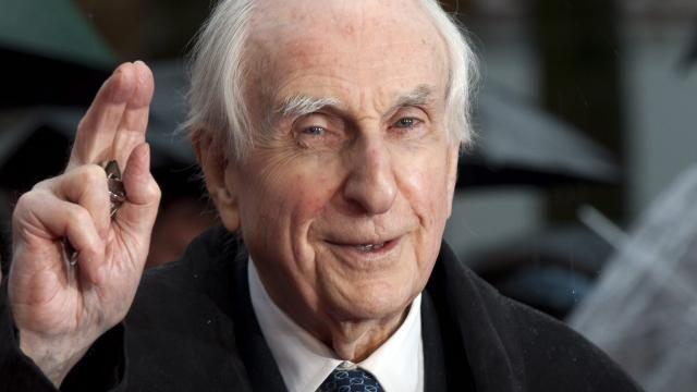 Beertje Paddington-schrijver Michael Bond (91) overleden | NU - Het laatste nieuws het eerst op NU.nl