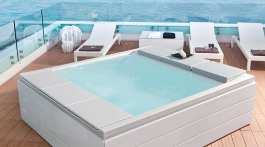 Life Hotel. Marche #Italy The Hotel's splendid solarium is an oasis of #relaxation thanks to the exclusive #Seaside 640 #minipool #Teuco
