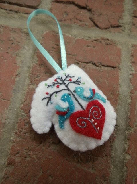 6904 best i 39 m always looking for christmas ornament ideas for Scandinavian christmas craft ideas