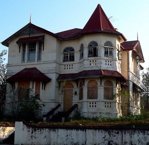 Abandoned Victorian.  Wish I could save it.