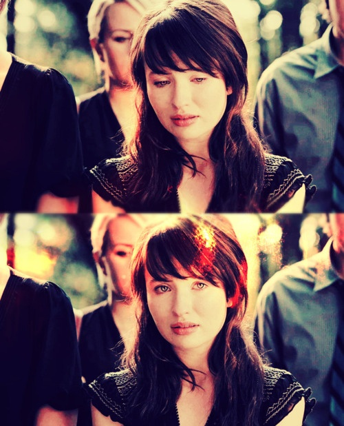 Love these Bangs!!!  emily Browning in movie | brunette, emily browning, film, girl, l0lys - inspiring picture on ...