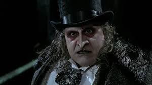 "Danny Devito como El Pingüino en ""Batman return"" (1992)"