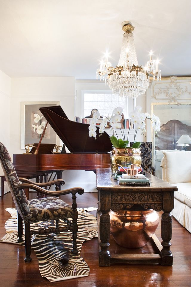 Very Luxe Small Space Living Room Ryan Townsendlove The Baby Grand Piano Love Library Table And Lighting