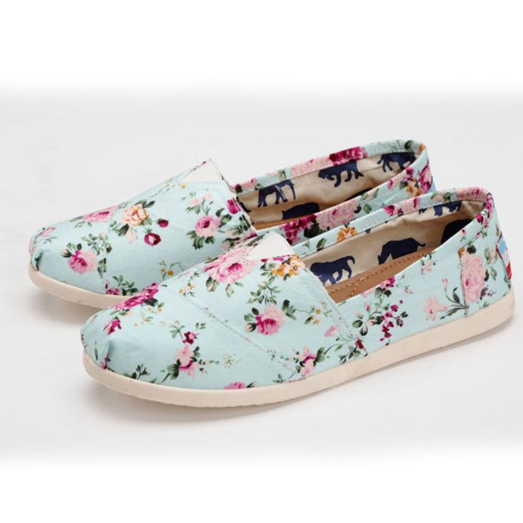Floral Printed Flat Canvas Shoes