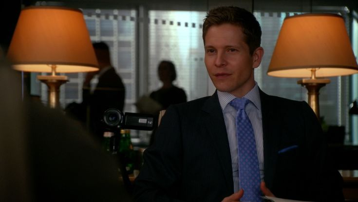 Brioni Geometric Print Tie inspired by Cary Agos  in The Good Wife Season 7 Episode 7 | TheTake