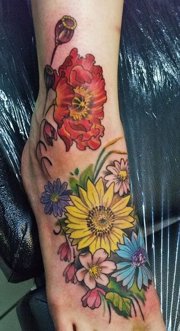 Garden At Your Feet… / Craftz Tattoo Artist – Luis   Craftz Berlin…. Maybe Incorporate This Into What I Already Have To Make It Look Better!