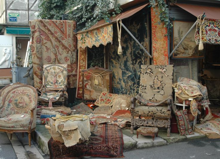 25 best ideas about paris flea markets on pinterest paris markets antique market and champs com. Black Bedroom Furniture Sets. Home Design Ideas