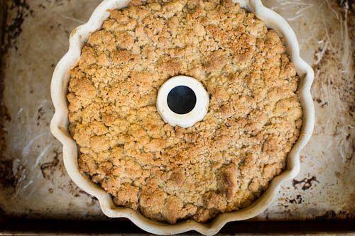Old fashioned Apple Crumb Cake // LickMySpoon