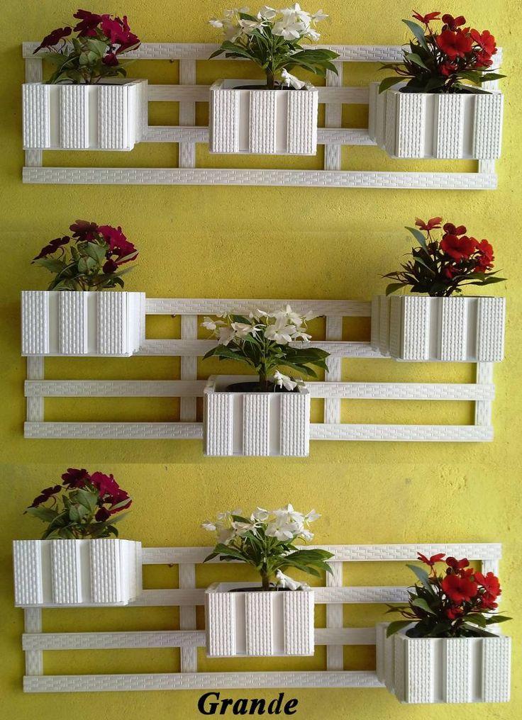 floreiras em madeira para jardim, acabamento fino.
