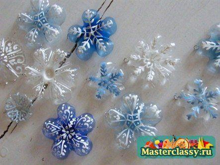 Fiocchi di neve di bottiglie di plastica