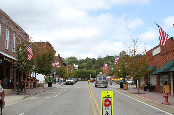 Salt Lamps Ellijay Ga : 17 Best images about Historic Downtown Ellijay on Pinterest Trees, Himalayan salt and The square