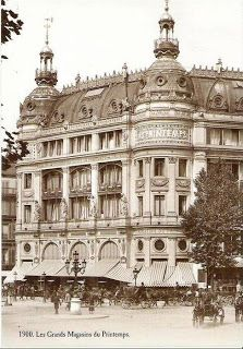 PRINTEMPS DEPARTMENT STORE ca. 1900. Les grands magasins du Printemps, construit en 1865 (photo, 1900)