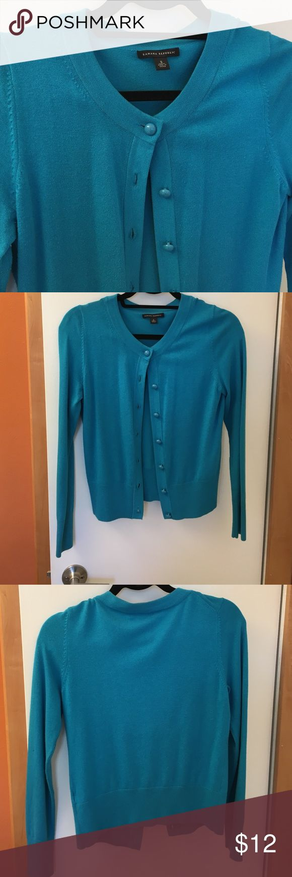 Turquoise cardigan Banana Republic Beautiful fabric and color. Great condition. Buttons look fresh and stylish. Banana Republic Sweaters Cardigans