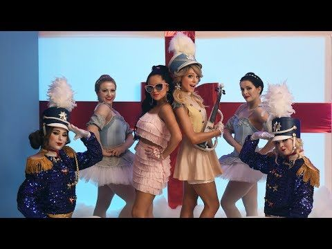 Lindsey Stirling - Christmas C'mon feat. Becky G - YouTube