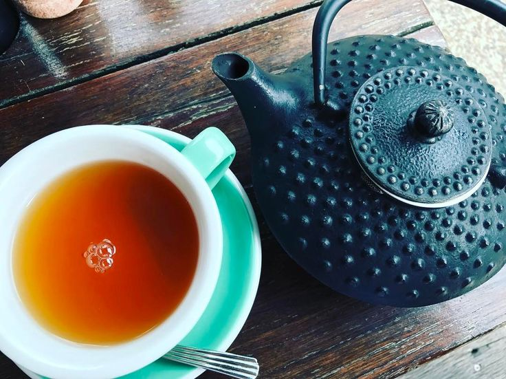 It's a tea kinda day! #happysaturday #teaday #lovetea #relaxwithatea #beautytherapy #nowransw #southcoastbeauty #relax #mayaorganicbeautytherapy #tea #teapot Perfect weather for a facial book in today or tomorrow spaces available.