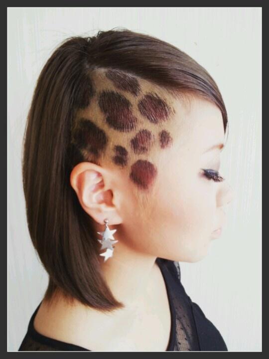 crazy♡hair color reopard!!!  ヘアカラー  かりあげ  side cut!  ヒョウ柄   Photoby welina  hitomi.yanagida♡