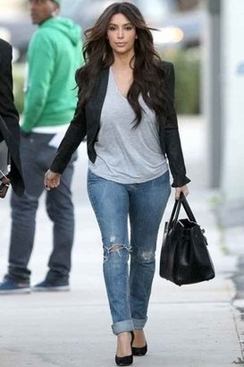 Jeans + outfit.. simple. it works for those lazy days :) Knowing me, i would probably throw on a bunch of jewelry too.