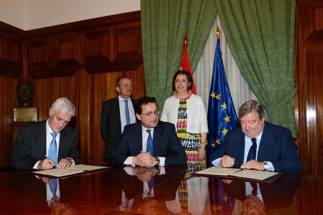Saeca y Agroseguro suscriben un convenio para el fraccionamiento del pago de la prima del seguro agrario