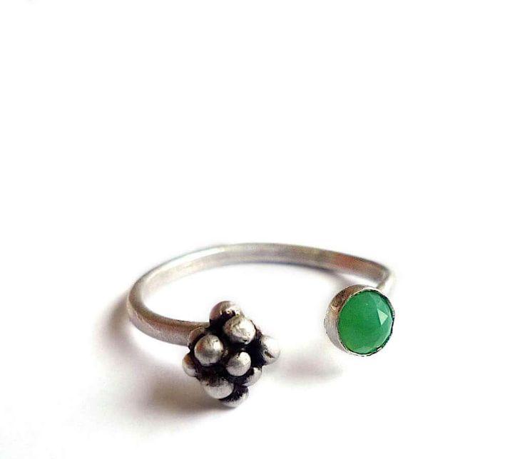 Chrysoprase Chalcedony Seedpod Ring - Adjustable Sterling Silver Botanical Ring