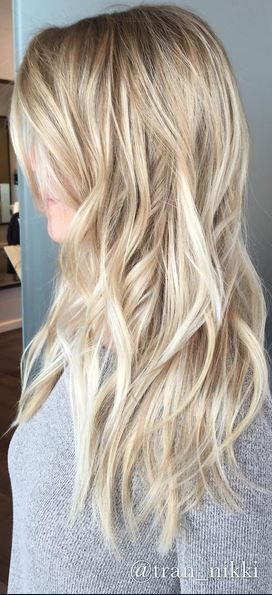 sandy blone hair color