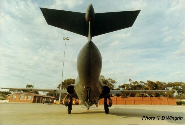 The South African Air Force. Does this air brake make my bum look big? Blackburn Buccaneer 416 in 1991.
