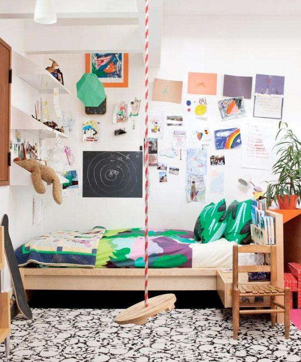 indoor swing + kid's bedroom #decor #bedrooms #quartos