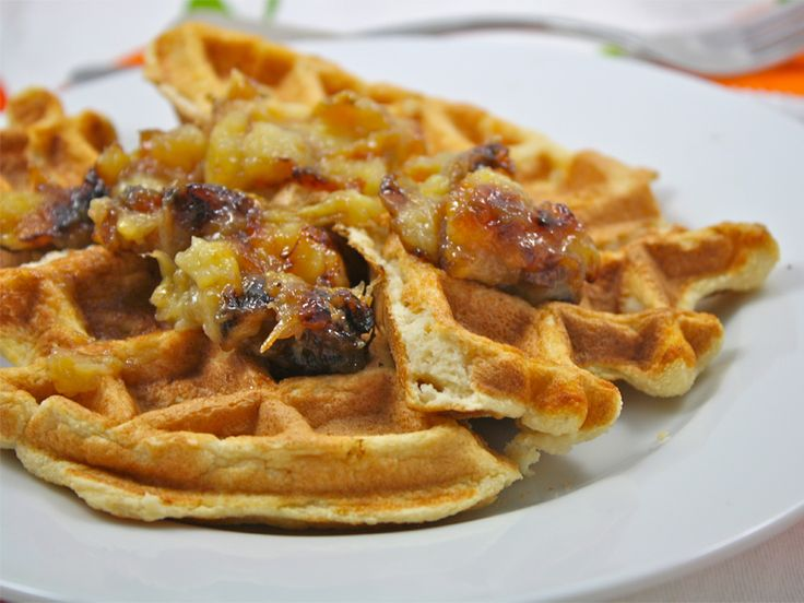 http://www.thebantingchef.co.za/recipes/eggs/lowcarbwaffles.html