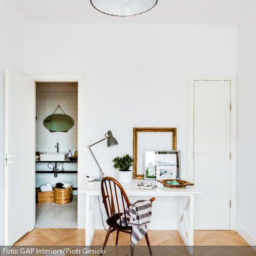 84 best Klassisch Arbeiten images on Pinterest Classic, Homes - stuhl für schlafzimmer