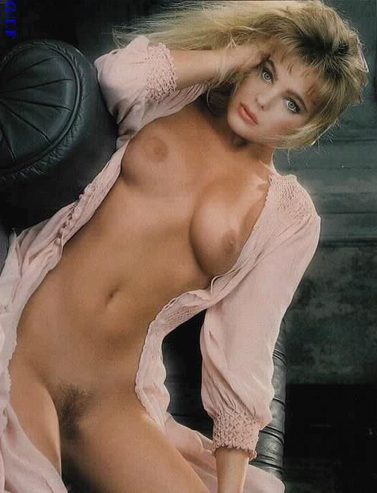 Erika eleniak naked