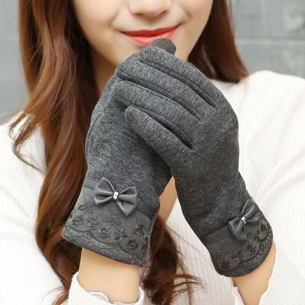 Wool with Lace Bow Women Winter Gloves - Touch Screen Ready - Sheep Wool Gloves.