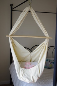 veloprego: DIY Baby Hammock....for when I get the chance to foster or when I have grandbabies. ...