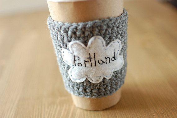Portland Cup Cozy gehaakte koffie mouw van thecozyproject op Etsy